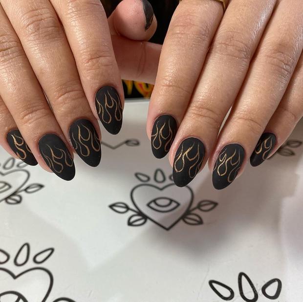 Фото №22 - Nail-мания: 100 идей модного маникюра