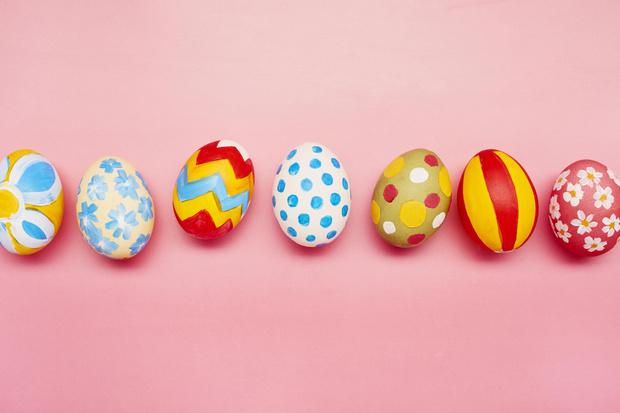 Фото №1 - Как прикольно покрасить яйца на Пасху: 15 креативных идей 🥚 🐇