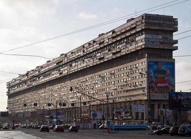 Фото №1 - Самые необычные дома Москвы