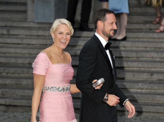 Фото №29 - Самые забавные моменты на королевских свадьбах (истории в фотографиях)