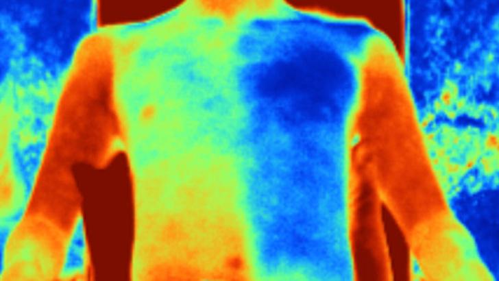 Фото №2 - В Китае разработали ткань, которая охлаждает тело в жару