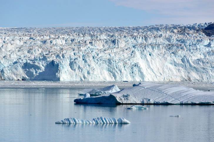 Фото №1 - Ученые предрекают исчезновение ледников Гренландии