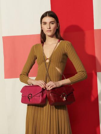 Фото №3 - 10 ярких сумок из новой коллекции Sandro