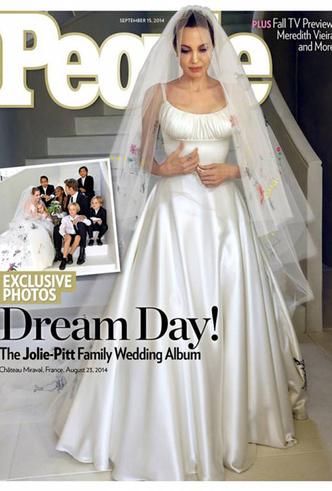 Фото №12 - 16 самых известных, красивых и дорогих свадебных платьев за всю историю