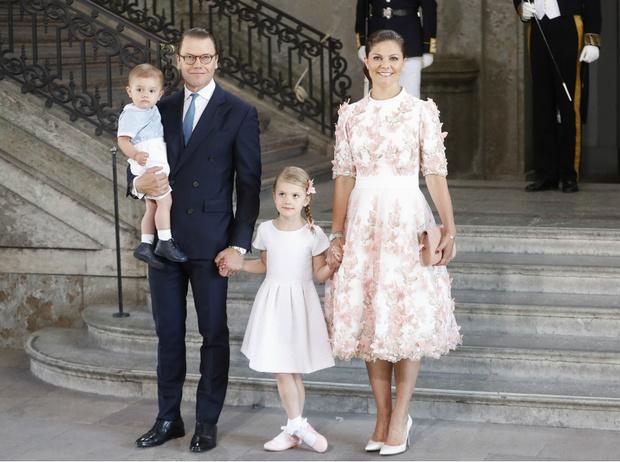 Фото №1 - Шведская королева сердец: кронпринцесса Виктория и ее идеальная семья