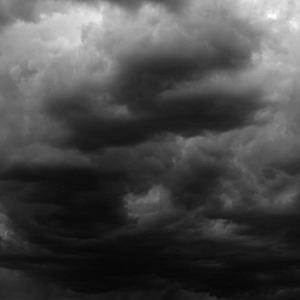 Фото №1 - Вероятность урагана в столице стала меньше