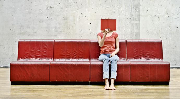 Фото №1 - «Причина социальной тревоги– страх быть отвергнутым»