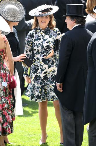 Фото №8 - Что известно о свадебном платье принцессы Евгении