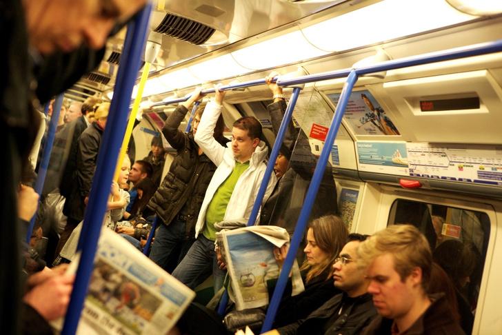 Фото №3 - Всё, что вы не знали о: знаменитости в метро, проклятия в очередях и еще 24 факта о жизни в Лондоне