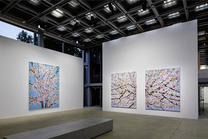 Фото №4 - Вишневый сад: выставка Дэмиена Херста в Фонде Cartier
