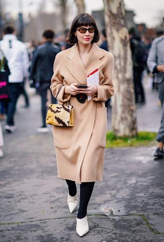 Фото №8 - Главная покупка сезона: где искать классическое бежевое пальто, как у Меган