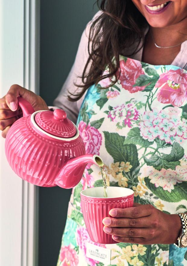 Фото №18 - Модные фартуки и текстиль для кухни