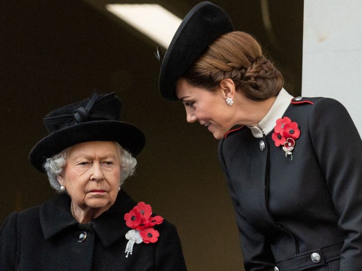 Фото №10 - Всегда безупречна: 10 лучших причесок герцогини Кейт на любой случай