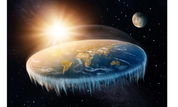 Фото №1 - Сторонник плоской Земли предъявил фотодоказательство своей теории, но его беспощадно поставили на место
