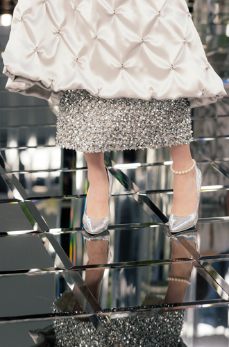 Фото №75 - Между ангелом и бесом: обзор кутюрной коллекции Chanel SS-2017