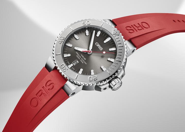 Фото №2 - Компания Oris представляет высококлассные дайверские часы Oris Aquis Date Relief