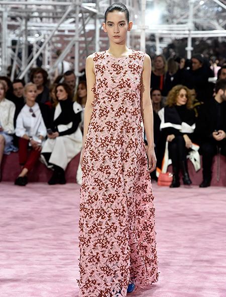 Неделя высокой моды в Париже Christian Dior