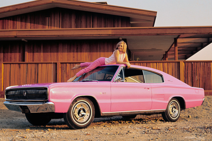 Фото №3 - На чем ездили девушки года журнала Playboy