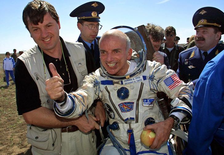 Фото №1 - Пять космических туристов, слетавших в космос веселья ради