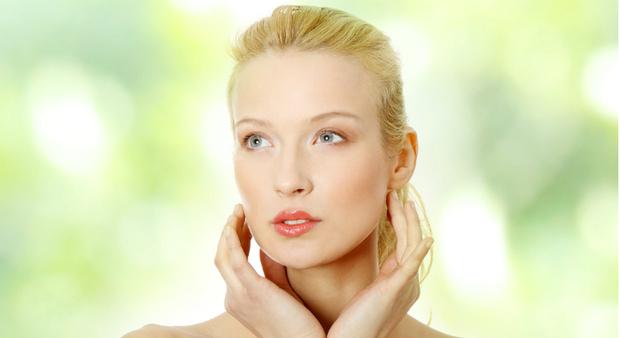 Фото №1 - Уроки макияжа: идеальный тон