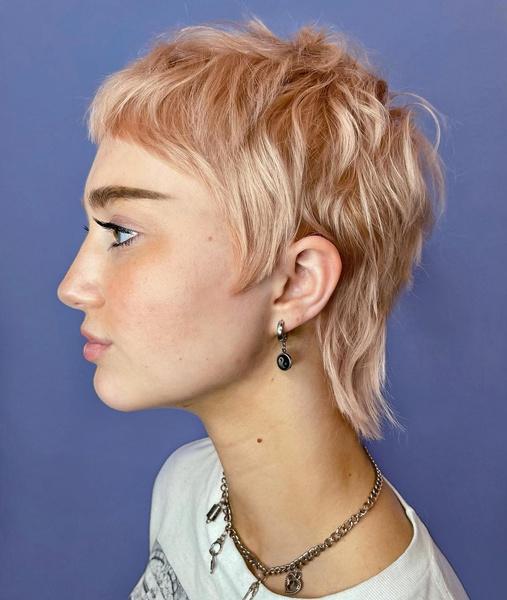 Фото №6 - Шорт-лист: самые стильные короткие женские стрижки 2021