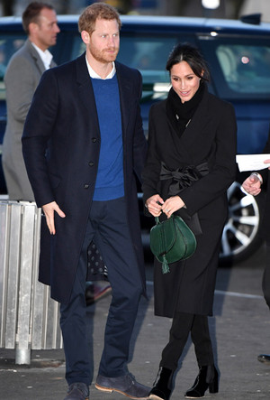 Фото №11 - Эффект Меган Маркл: какие модные бренды прославила супруга принца Гарри