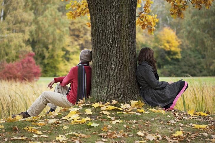 Фото №1 - Психологи рассказали, почему люди переживают расставание много лет