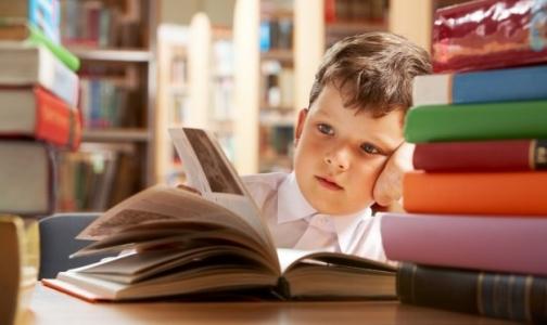 Фото №1 - Что делать, если ребенок не может «буквы разные читать»