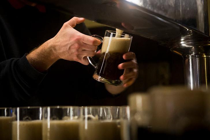 Фото №1 - В Австралии сварили напиток из дрожжей XVIII века