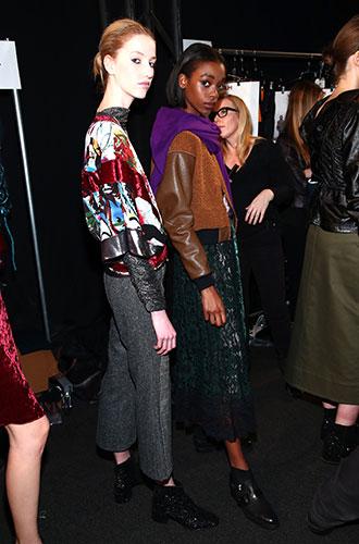 Фото №2 - 15 трендов осени и зимы 2017/18 с Недели моды в Нью-Йорке