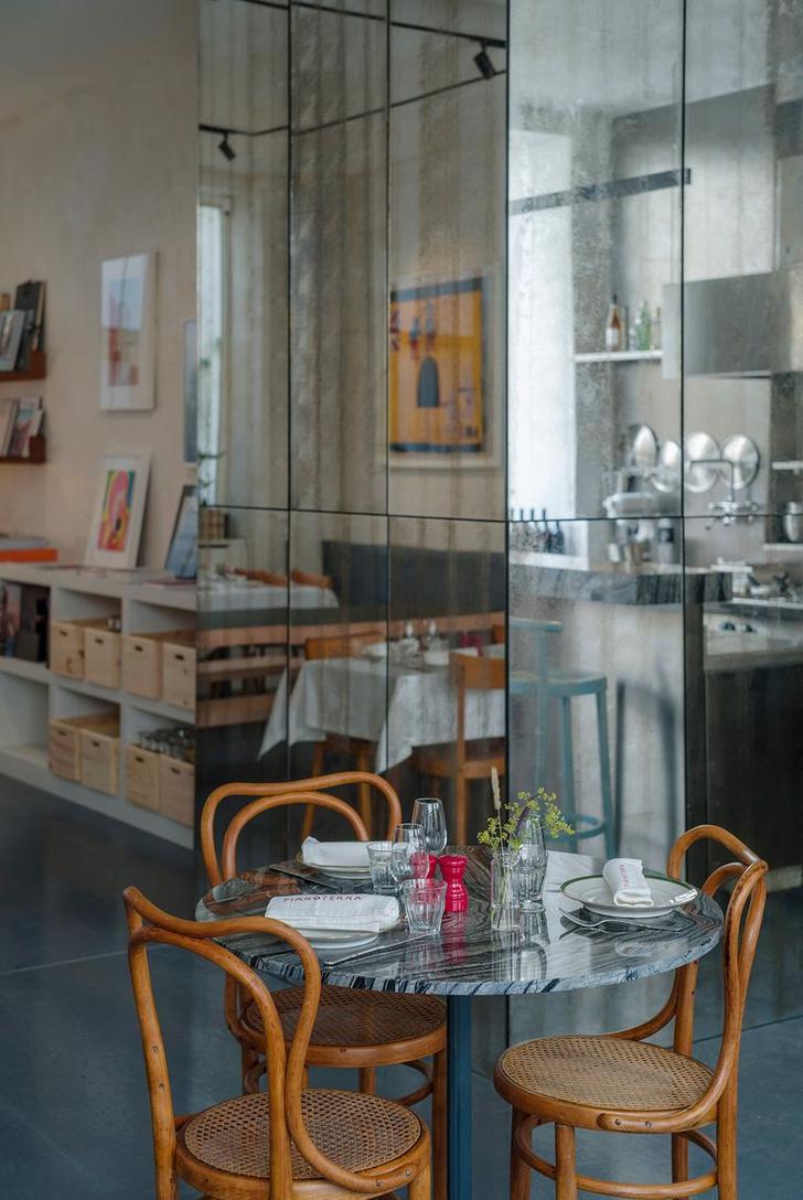 Фото №4 - Итальянский ресторан Pianoterra в Париже