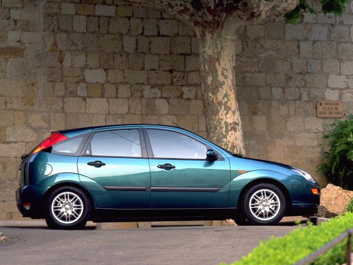 Фото №3 - За ним стояли в очереди по полгода: «Форд-Фокус», который сделал иномарки доступными