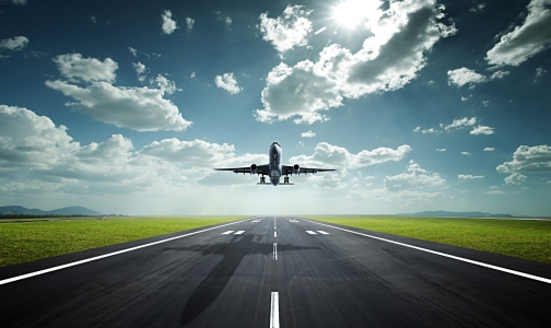 Фото №1 - В Шереметьево из-за пассажира с подозрением на лихорадку Эбола задержан самолет