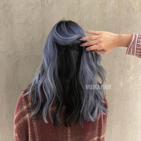 Фото №9 - 10 крутых идей скрытого окрашивания для разного цвета волос