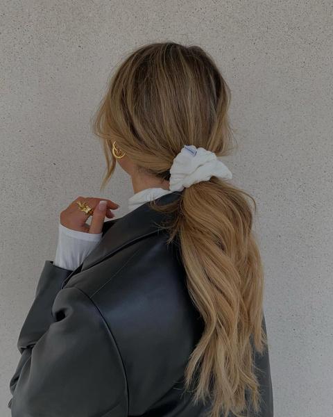 Фото №3 - Тренд лета 2021: 5 самых модных аксессуаров для волос