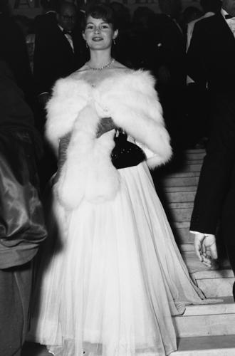Фото №4 - Войти в историю: 35 культовых платьев Каннского кинофестиваля