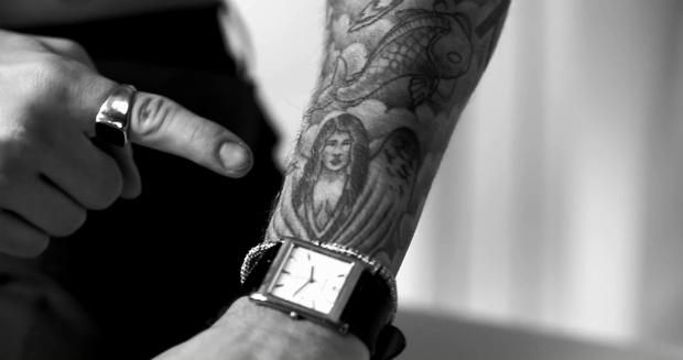 Фото №9 - Все, что надо знать о татуировках Джастина Бибера