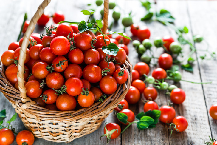 Фото №1 - Томатное счастье: 5 десертов с помидорами