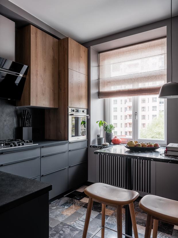 Фото №9 - Квартира с винтажной и дизайнерской мебелью в сталинке
