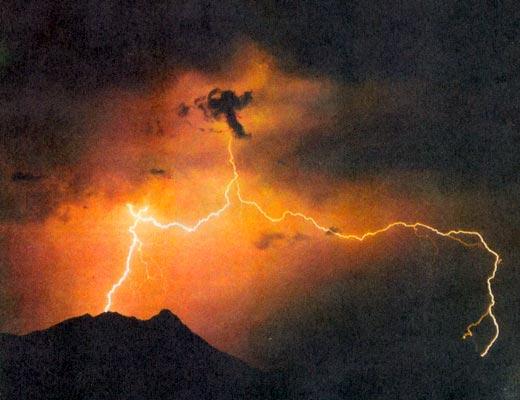 Фото №1 - Посланцы грозовых небес
