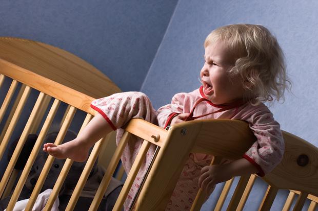 Фото №2 - «Взяла малыша из детдома, а когда родила— вернула обратно»