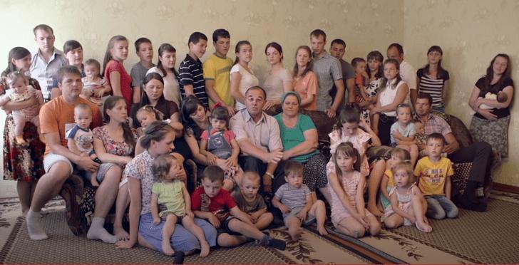 Фото №10 - 8 близнецов и 39 жен: как живут самые необычные семьи мира— 12 невероятных историй