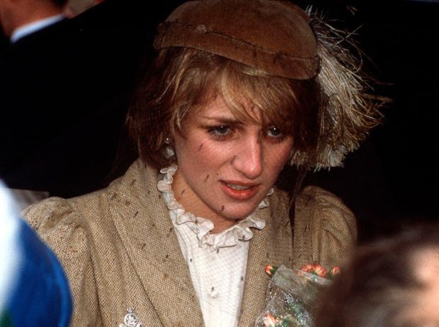 Фото №13 - Принцесса Диана: «Я резала вены уже во время медового месяца»