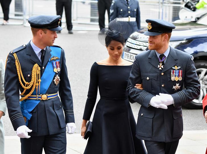 Фото №2 - Принцу Гарри и Меган Маркл предлагают стать королем и королевой Канады (каковы шансы?)