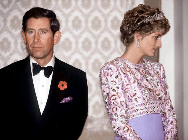 Фото №1 - Как принц Чарльз отреагировал на известие о гибели принцессы Дианы
