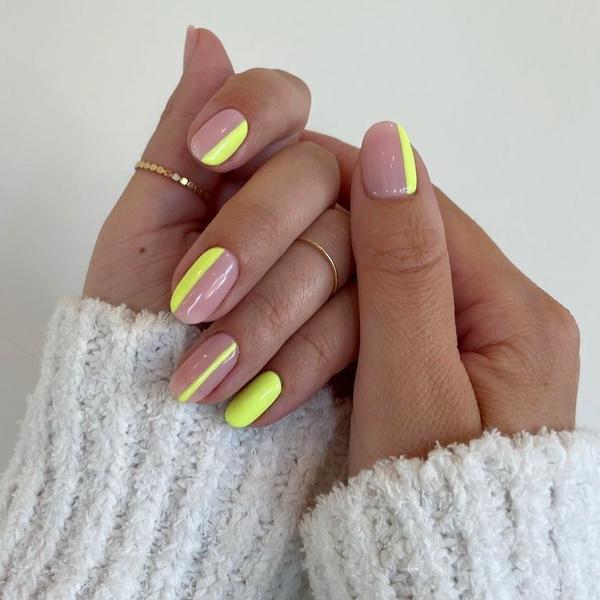 Фото №2 - Неоновый маникюр: 8 самых крутых дизайнов для длинных ногтей