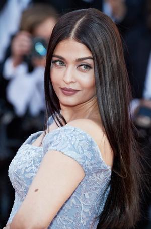 Фото №7 - Голливуд, подвинься: 7 потрясающих звезд индийского кино