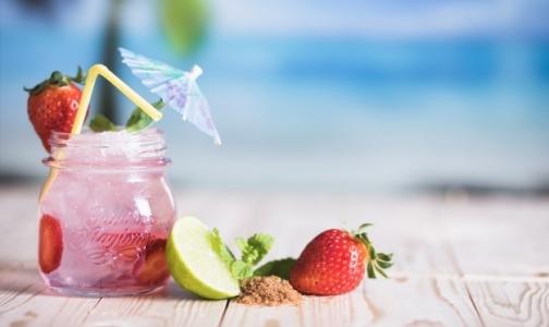 Фото №1 - В Роскачестве рассказали, какие напитки выбрать в жару
