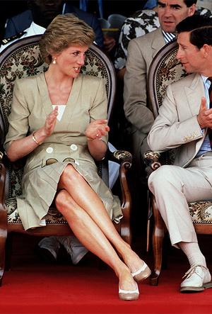 Фото №9 - Фирменные позы и жесты королевских особ (а вы замечали?)