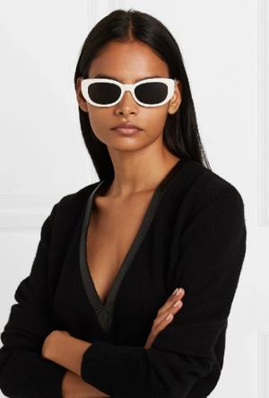 Фото №11 - Очки для лета: самые модные модели 2020